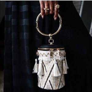 Zip Up Tassel Bucket Bag 🖤
